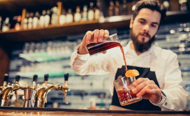 Как и для чего на самом деле придумали алкогольные коктейли?