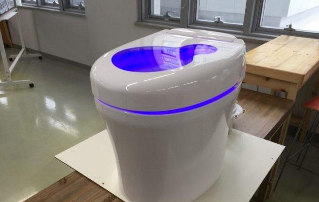 Туалет, который превращает человеческие отходы в энергию и деньги