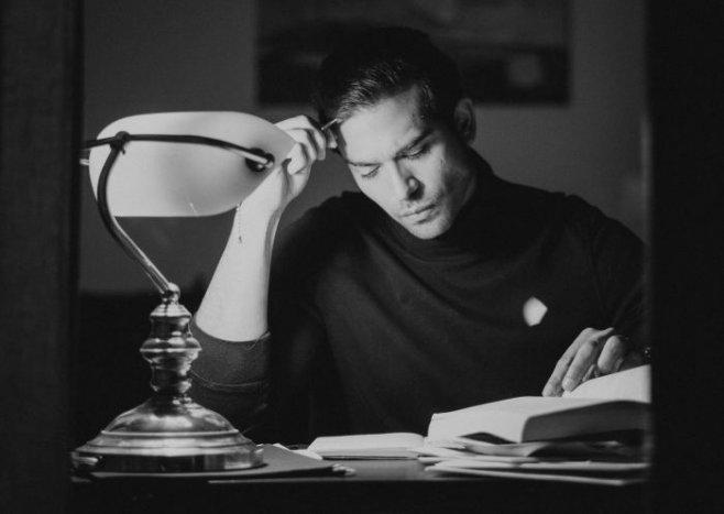 Почему мужчине нужно больше читать художественной литературы