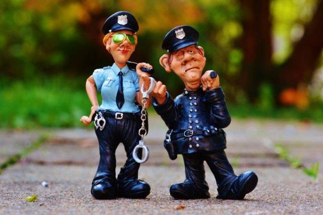 Почему в США доллары ''баксы'', а полицейские ''копы''?