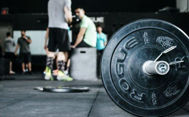 С какого возраста детям можно начинать поднимать тяжести?
