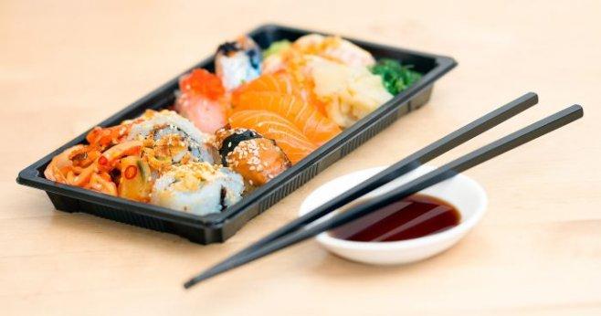 Учимся кушать азиатскими палочками для еды как мастер Мияги