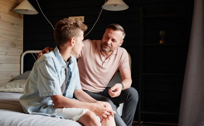 Почему отцам не следует посвящать своих сыновей в мужественность