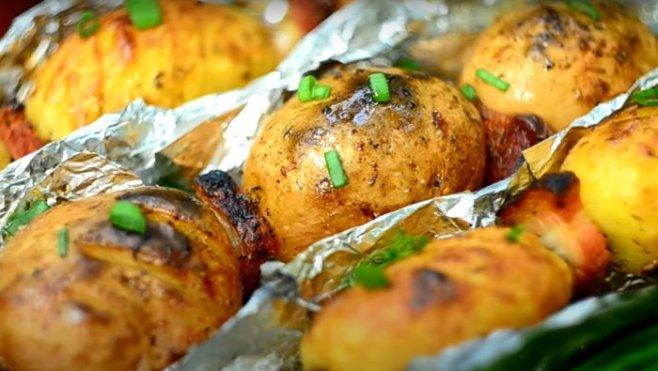 Картошка-Кебаб на углях лучший гарнир к шашлыку